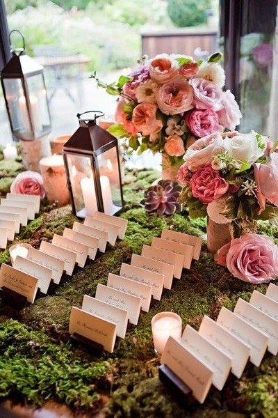 Add a natural touch to your wedding decor for an eco-friendly flare at the welcome table!