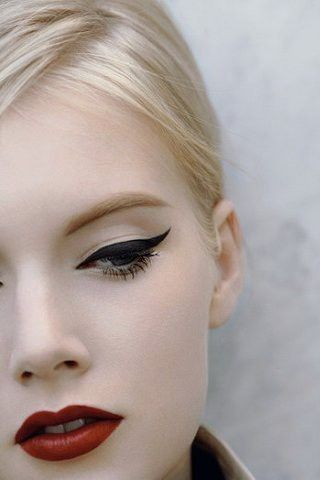 Cat eye liner is one of the most classic looks in beauty history and it continues to inspire us today.