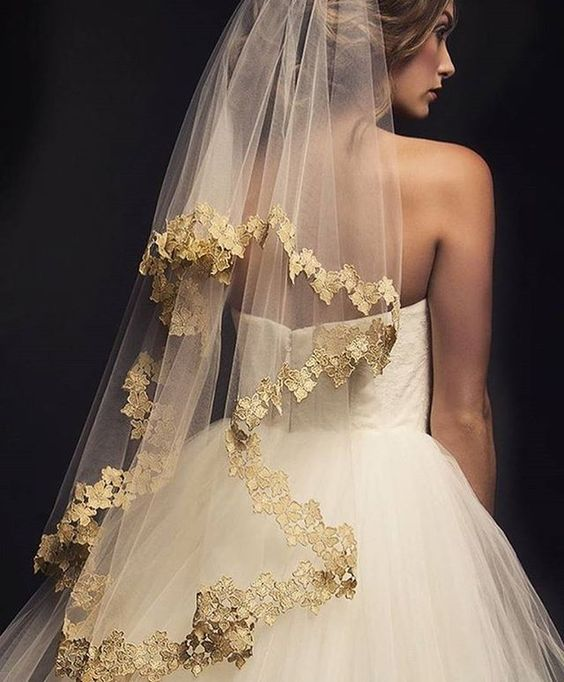 Wedding Gown Veil: Complete Wedding Veils Guide: All There Is To Know About A