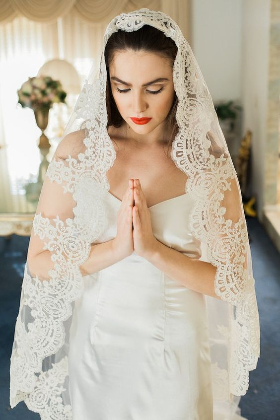 Traditional mantilla veil with its perfect circular shape.