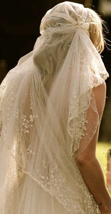 Wedding veil with Juliette cap by John Galliano made for Kate Moss.