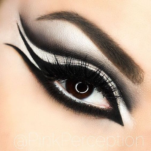 Close up of a double winged cat eye. Meow!