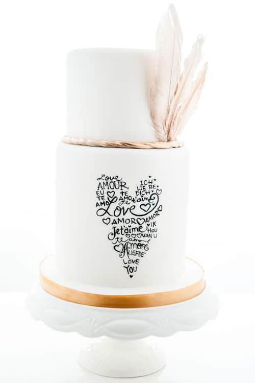 Original boho fondant cake by Le Doici, custom cakes cupcakes & more. Tres chic!!!