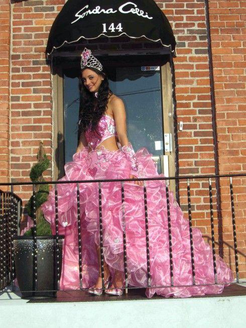 """El tradicional vestido de novia gitana en rosa de """"My Big Fat American Gypsy Wedding"""""""