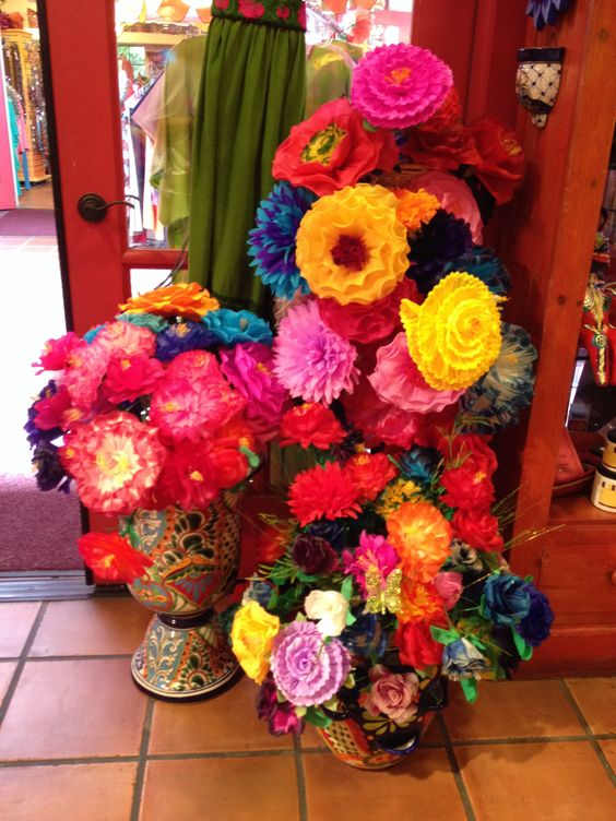 Flores de papel bien mexicanas.