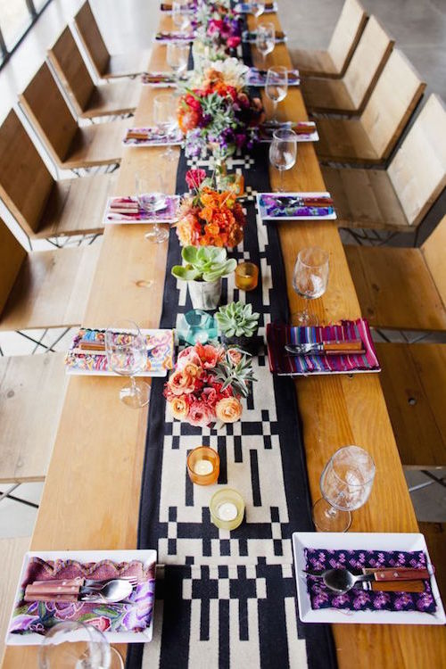 So modern and so traditional at the same time this Mexican-themed wedding is a joy to behold. Photography Luna Photo.