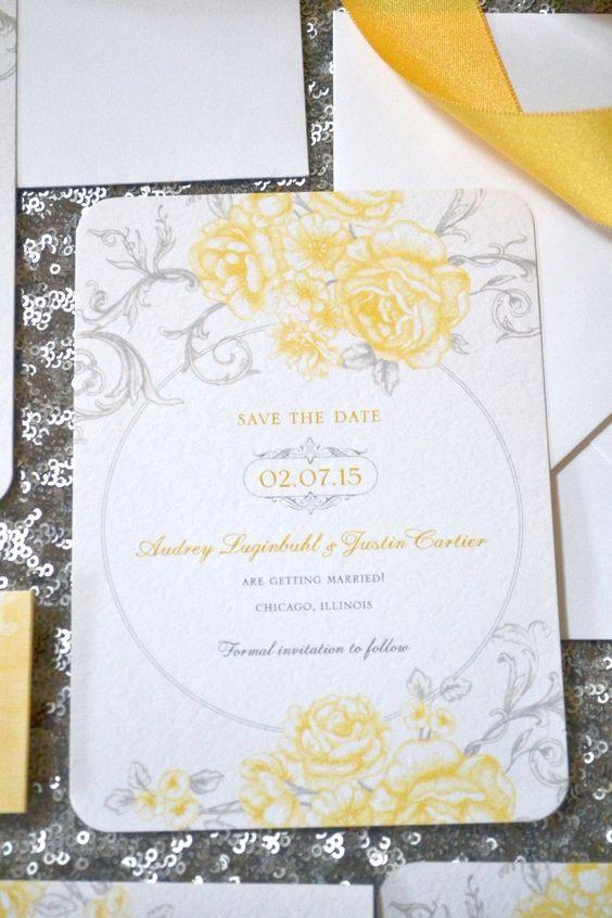 Este Save-the-Date en gris y amarillo nos demuestra la maleabilidad de estos colores para con las bodas modernas, boho o vintage.