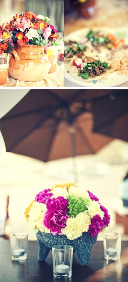 Usa cerámica mexicana para tus centros de mesa. Colorido centro de mesa para una boda estilo mexicano en el Sheraton Hacienda del Mar en Los Cabos.