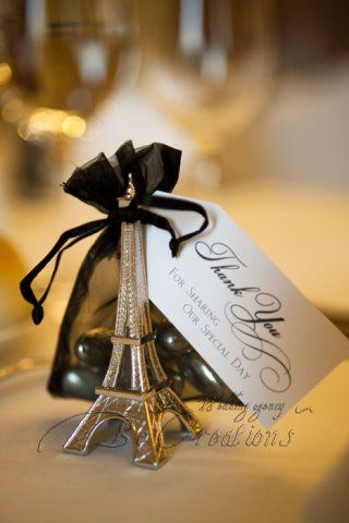 "Souvenirs para bodas parisinos ""Noche en Paris"""