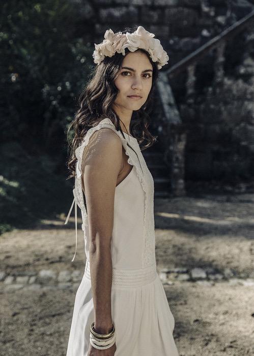 Vestidos de novia 2017 de Laura de Sagazan. Clásicos, sencillos y fluidos.