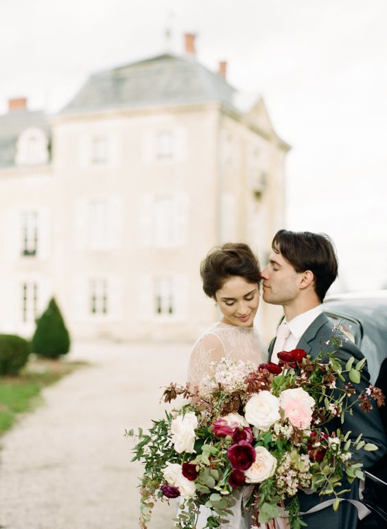 French château weddings, timeless romance. Photography: magnolia rouge.