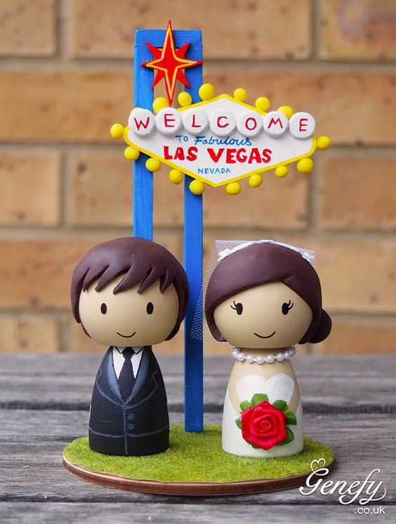 Las Vegas weddings cake toppers are awesome!