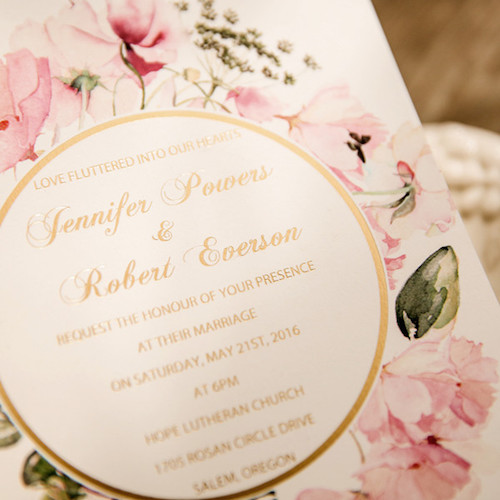 Invitaciones en rosa y oro florales