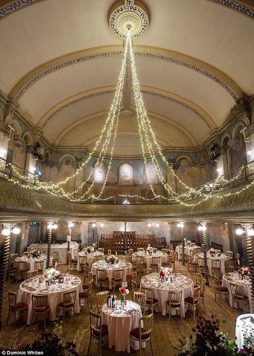 Impresionante lugar, Wilton's Music Hall en el East End de Londres, el más antiguo Music Hall en el mundo.