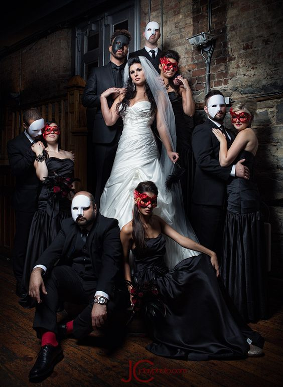Love this masquerade ball theme for a dream wedding. Check out how to do it on the site. Bride and Bridal Party Photo by J Clay on Fivehundredpx.
