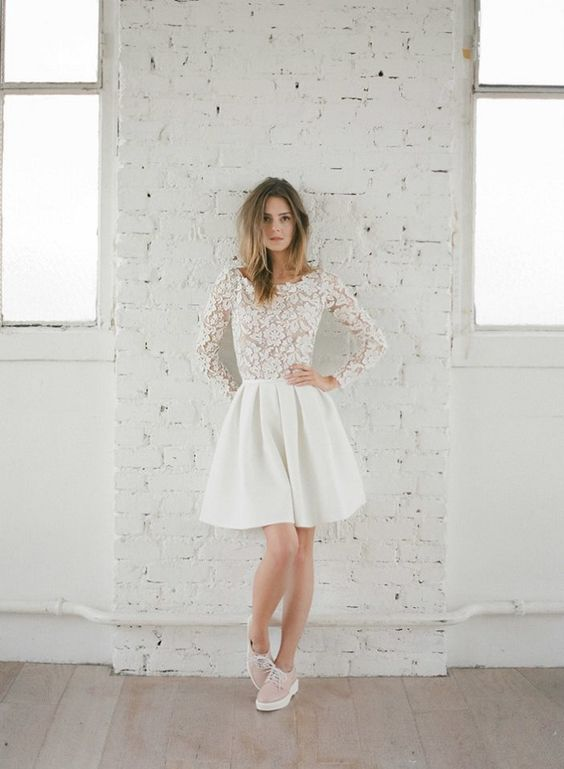 Adorable vestido para casarse por lo civil de Paulette magazine.