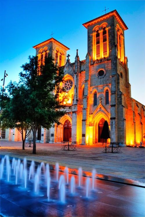 Imagine your wedding at the historic San Fernando Cathedral, a dream come true! Photo credit: nomadic pursuits