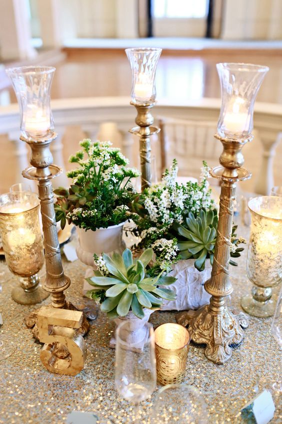 The Biltmore Ballrooms in Midtown Atlanta is an inspirational site in and of itself. Mint and gold wedding with succulents and sequins. Photography: Melissa Prosser Photography.
