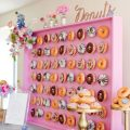 Brides are having doughnut walls at their weddings and it's amazing!