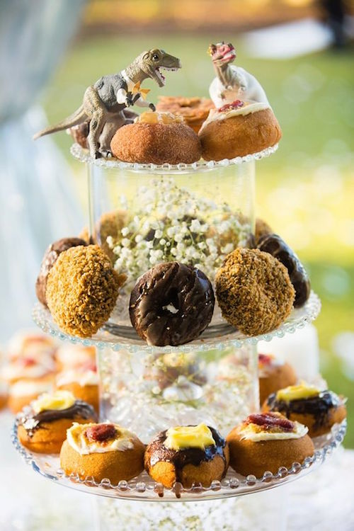 Mouthwatering Ways to Display Doughnuts At A Wedding: A Donut Miss!