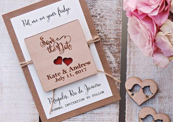 Invita a tu familia y amigos con estos simpatiquísimos Save The Date para colocar en sus neveras.