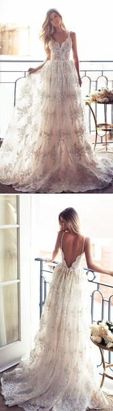 Sexy backless lace bridal gown.