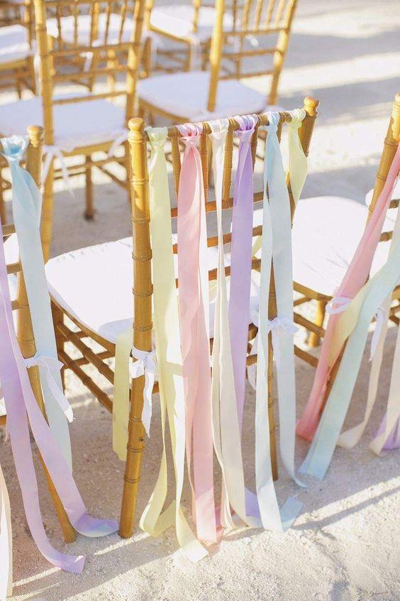 Ideas preciosas en tonos pastel para una boda en la playa o primaveral.