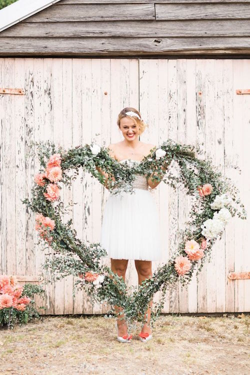 Gorgeous floral heart inspiration. Photography: Patricia Hau Photography.