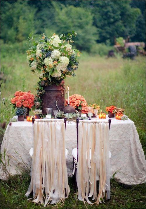 Idea para vestir sillas de boda. Fotografía: ana-rosa.tumblr