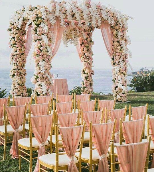 47 ideas para decorar y vestir sillas de boda sencillas y - Decorar cestas de mimbre paso a paso ...
