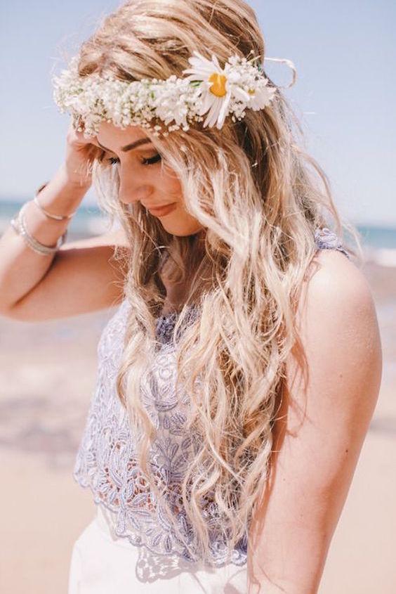 Un peinado boho más que listo para empezar a retozar en los playas. Inspirado en el festival de Coachella.