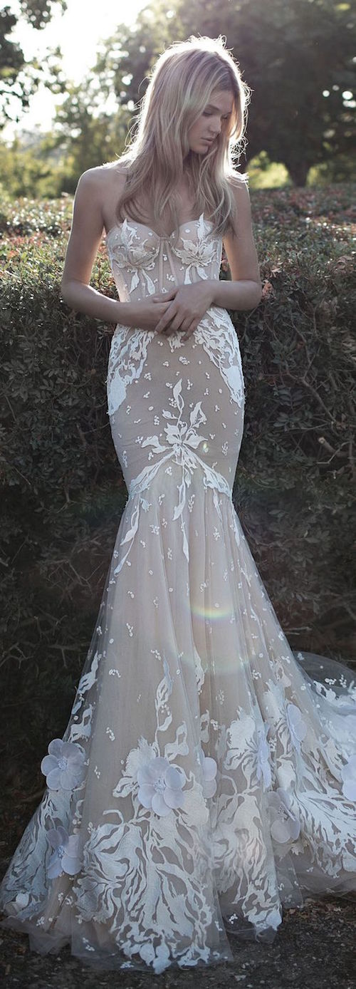 Glamorous and sexy wedding dresses by Idan Cohen 2017 bridal collection.