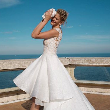 High low wedding dress Beatrice. Alessandra Rinaudo wedding dresses collection.