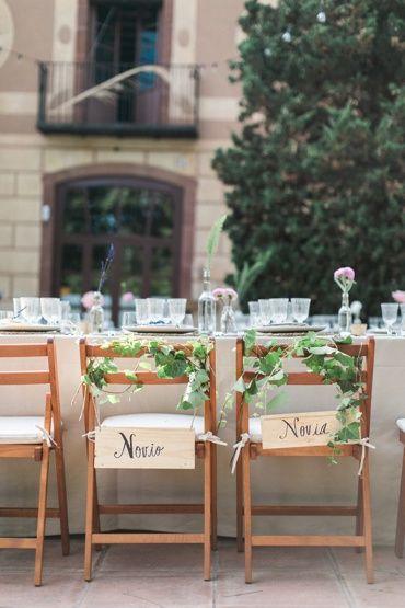 Hermosa boda en jardín en Masía Ribas, Barcelona. Fotografía: En Route Photography Masia Ribas.