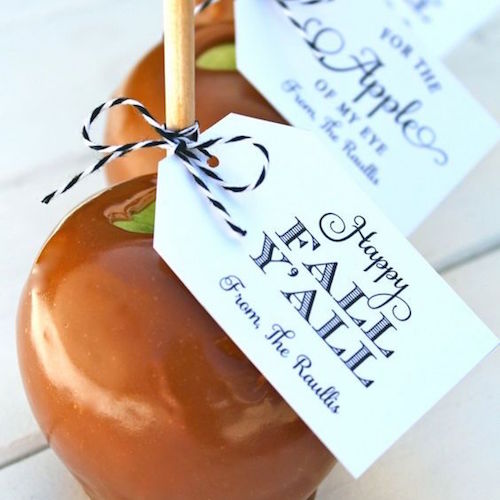 A fall wedding favor your can do yourself. Caramel apples with a personalized tag.