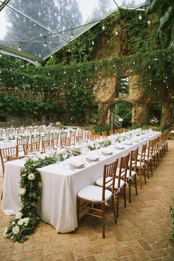 This Venue S Walls Were Already Covered In Ivy The Creation Of A Cohe Look Was
