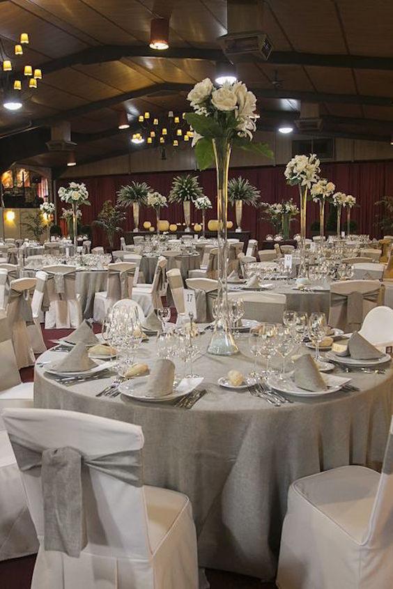 ¿Quien no desearía celebrar su boda en un salón decorado con tanto cuidado y esmero? Hacienda Jacarandá.
