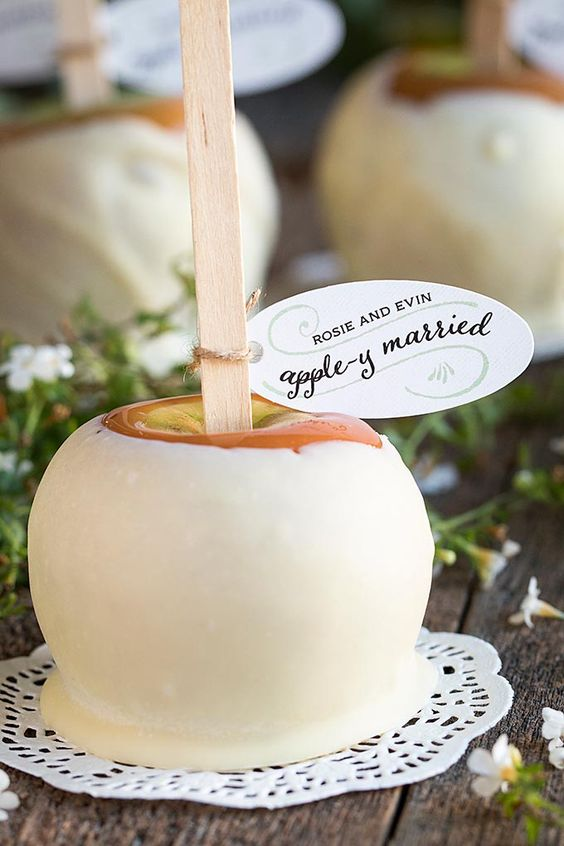 Fall Wedding Favors 24 Original And Affordable Ideas You