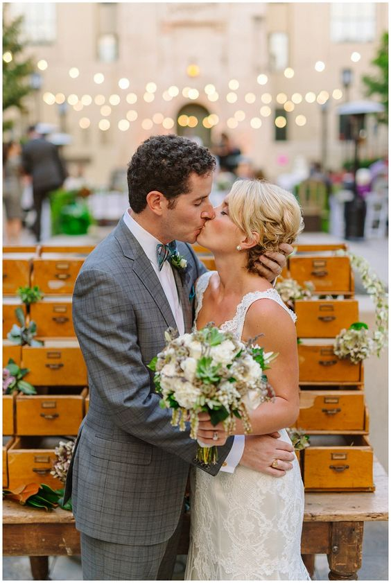Los Angeles Public Library Wedding. Cafe Pinot wedding. Wedding photographer: Mike Arick photography.
