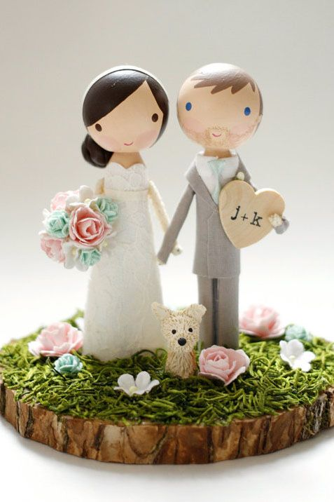 Groom Cake Figurines