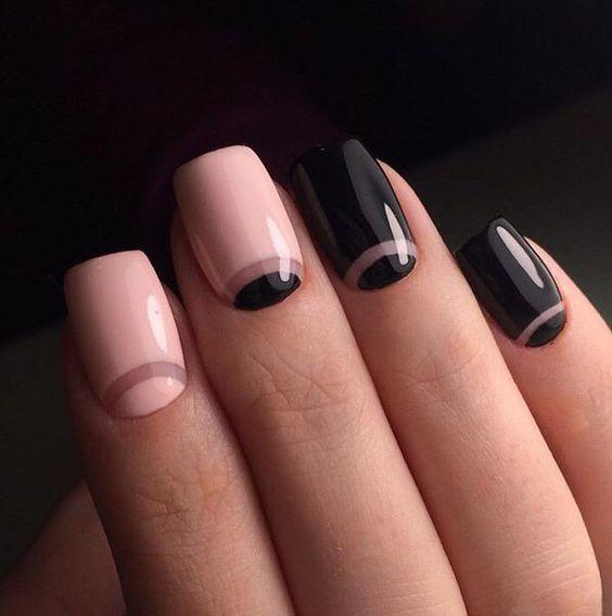 Medialunas hechas con espacios negativos en rosa millennial y negro. Swoon!