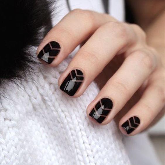 45 ideas de diseños de uñas para novias simples que te enamorarán.