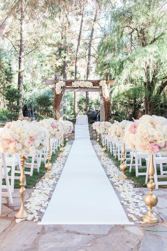 Calamigos Ranch is perfect for every couple looking for a romantic wedding event. The Redwood Room at Calamigos Ranch. Wedding photographer: Crystal Nicole Photography.
