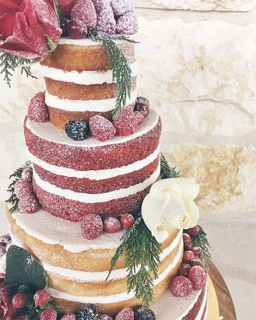 A rustic wedding deserves a multi-flavor open layer naked wedding cake by 2tarts Bakery. Take a look and happy pinning!