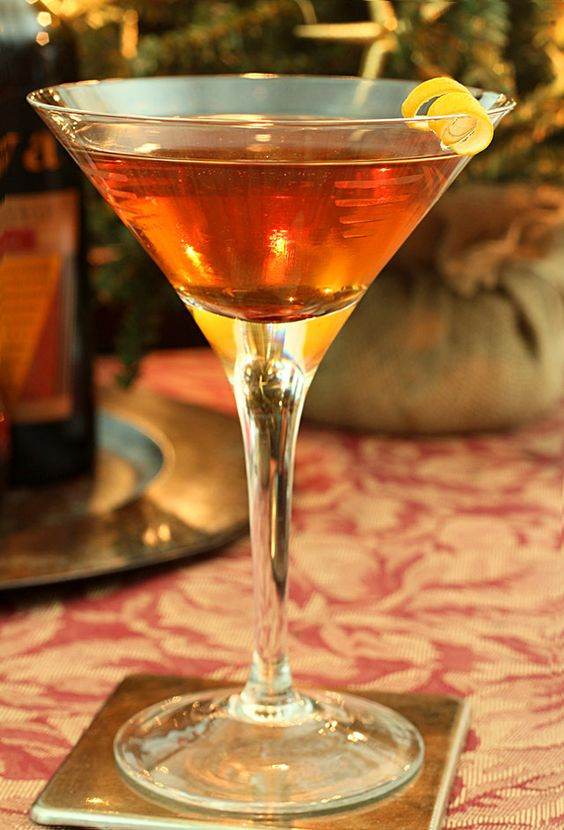 Master the Perfect Manhattan with this recipe. Prefer your Manhattan with sweet vermouth and a cherry or dry with a lemon twist? Or maybe you want it Perfect