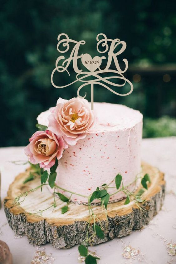 Personalized wedding cake toppers. Monograms.