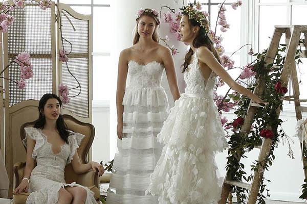 El tul permite conseguir diseños que evocan la delicadeza y el romanticismo y están perfectamente reflejados en los vestidos de novia de Marchesa 2018 Fotografía: REX Shutterstock.