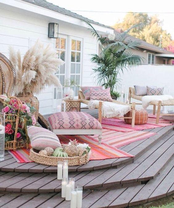 Con un poco de imaginación hasta el deck se puede transformar en un lounge para bodas.