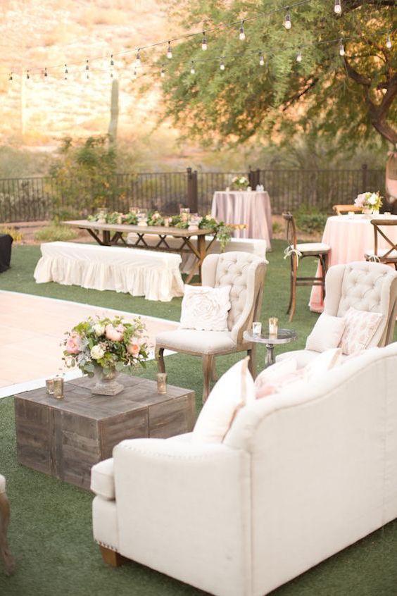 Los lounges se adaptan a todas las temáticas de boda. Desde la boho a la vintage pasando por la moderna e industrial y la wanderlust.
