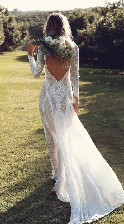 Grace Loves Lace are renowned for creating effortlessly unique, luxurious designs for the modern bride. Designed & handmade in Australia.